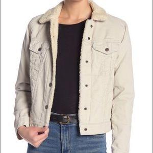 NWT Levi's Original Trucker Jacket